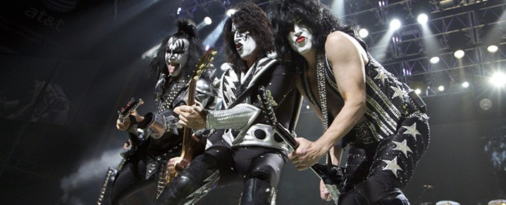KISS Plays Jobing.com Arena