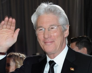 o-RICHARD-GERE-facebook-320x254
