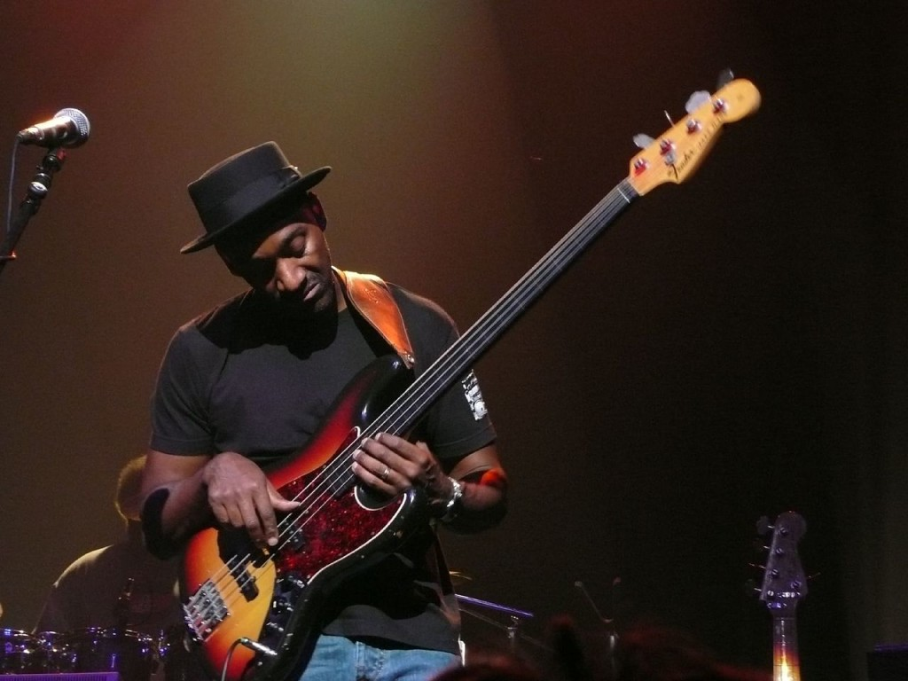 1280px-Marcus_Miller_Ancienne_2007