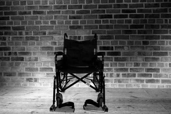 wheelchair-14630416403pb