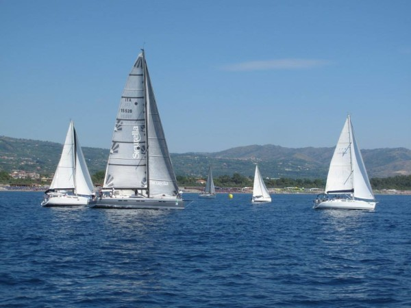 lni-riposto-etna-sea-race