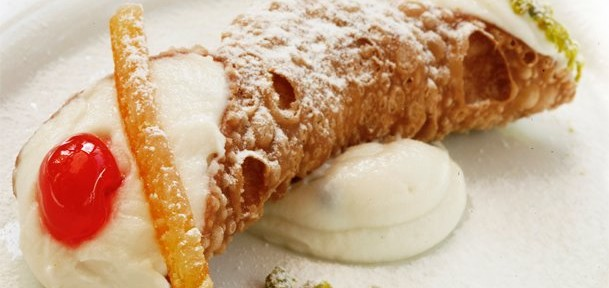 come-fare-i-cannoli-siciliani