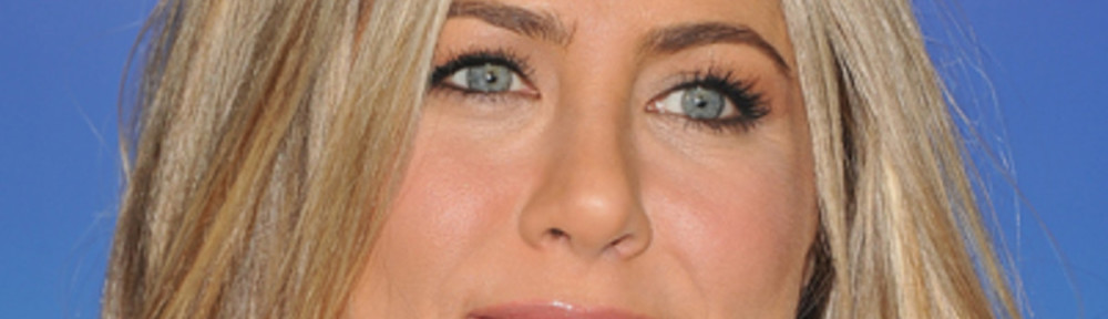 jennifer-aniston-9185599-1-402