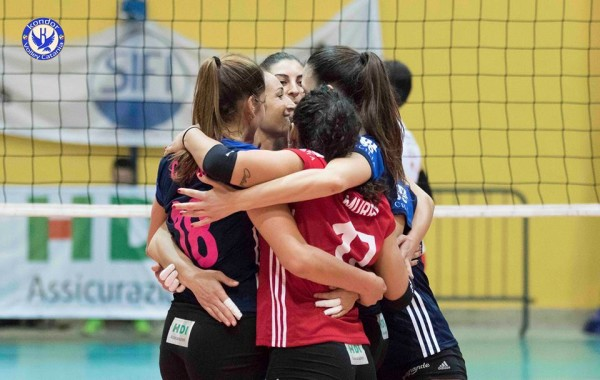 Volley donne, Sifi Kondor in vetta
