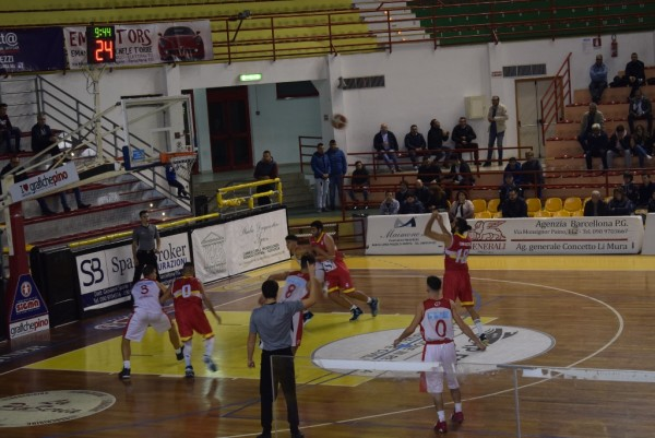 Basket uomini, ZS Messina perde a Barcellona