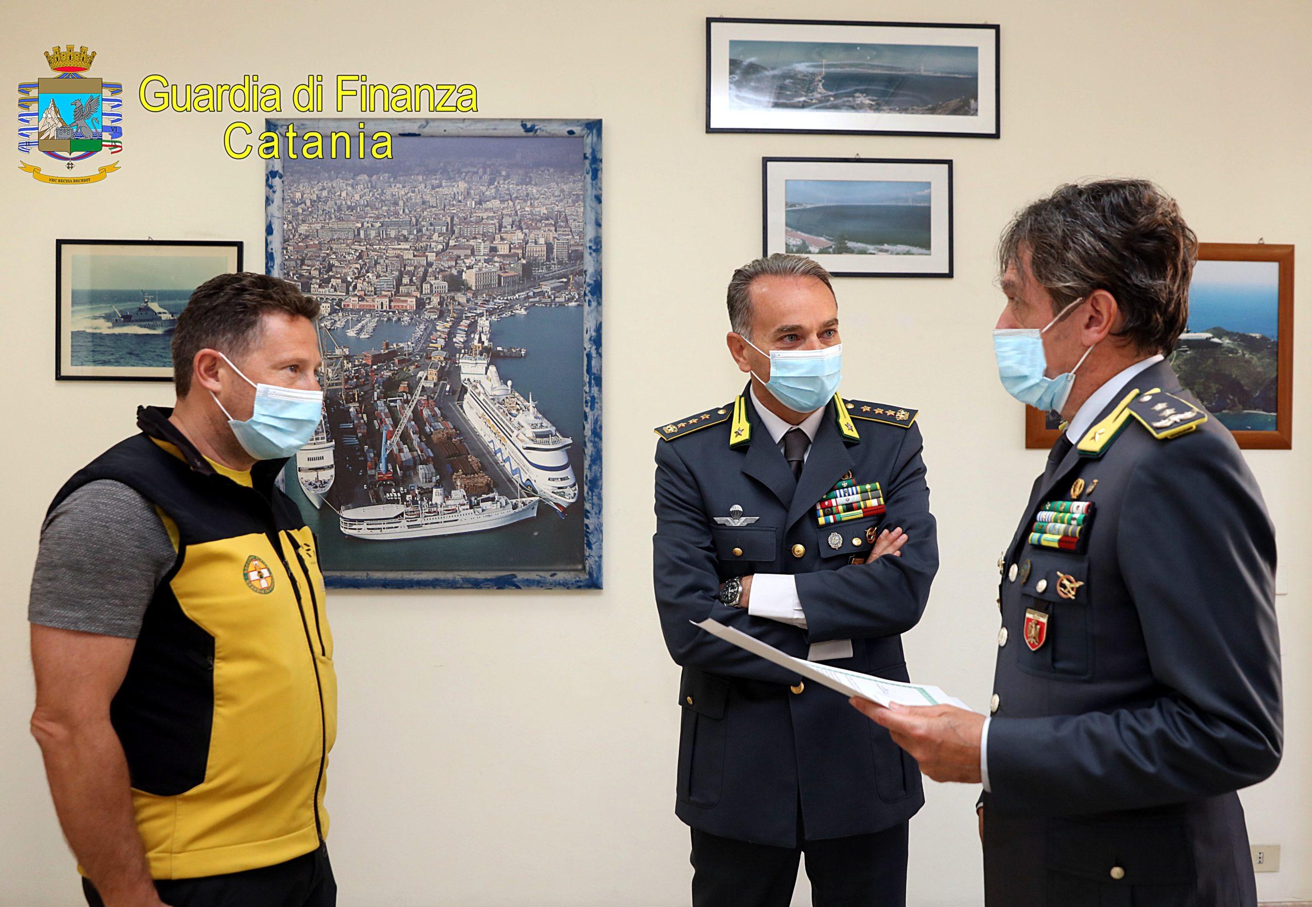 VISITA DEL COMANDANTE REGIONALE SICILIA AL COMANDO PROVINCIALE DELLA GUARDIA DI FINANZA DI CATANIA